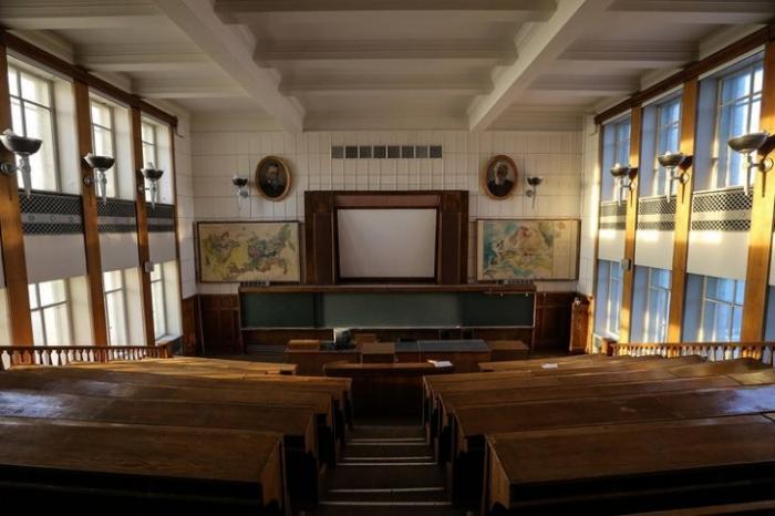 Право присуждать учёную степень: риски и возможности для ВУЗов и НИИ