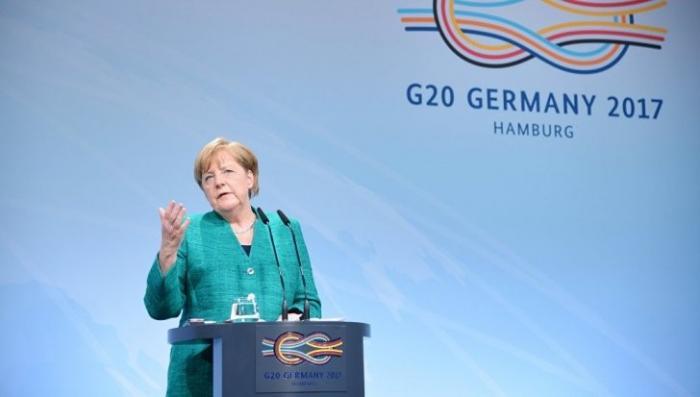 Германия, выборы 2017: Меркель продолжает развод и начала раздел имущества