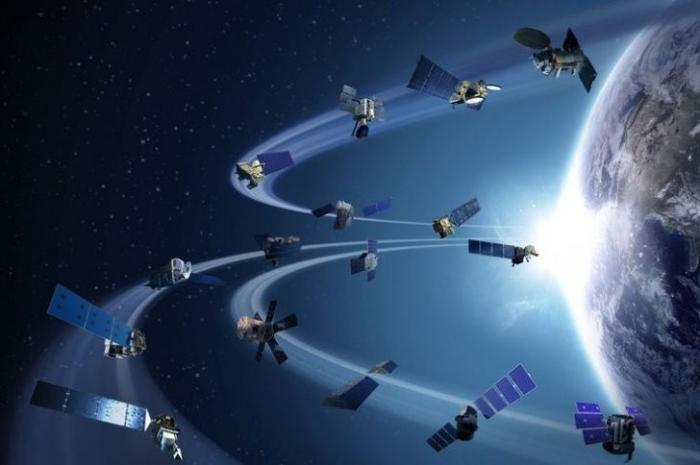 Космический шпионаж территории России ведут 136 зарубежных военных спутников