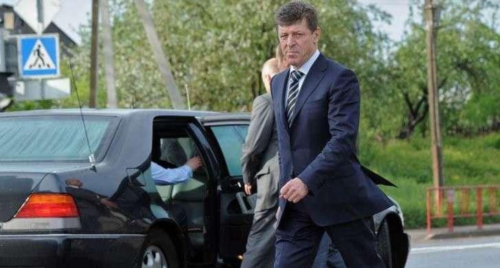 В Севастополь приехал вице-премьер Дмитрий Козак считать федеральные деньги