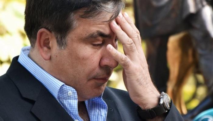 Грузия потребовала от Украины арестовать бомжа Саакашвили