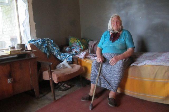 Киевская хунта издевается над переселенцами из ДНР: на 13,5 млрд ободрали пенсионеров