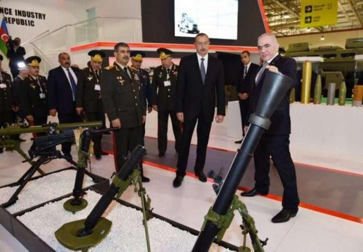 Азербайджан конкурирует с Болгарией в поставках оружия террористам ИГИЛ