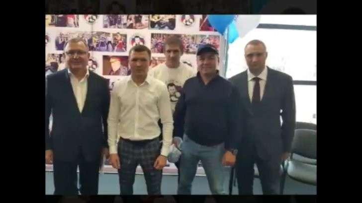 На «Арене Балашиха» всё та же братва: Петруха, Никитос, Хусаин и Женя «Четвертак»