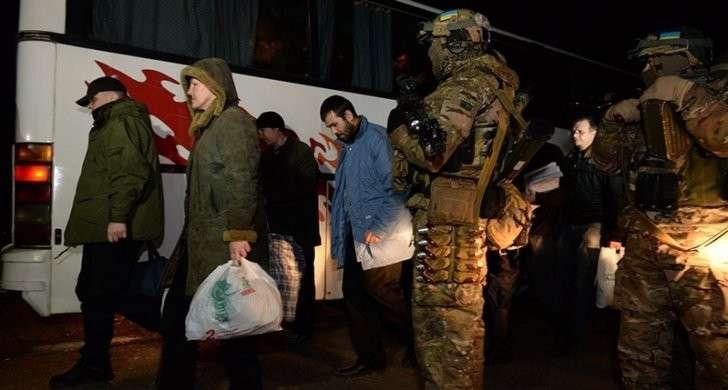 Ополченца ДНР, которого жутко пытали в плену, готовятся вновь выдать карателям