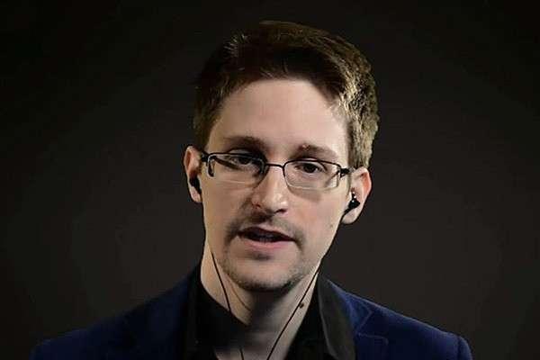 Сноуден рассказал об ответственных за кибератаки на демпартию в США. Сноуден рассказал об ответственных за кибератаки на демпартию в