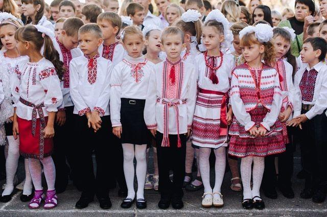 Киевская хунта объявила тотальную украинизацию: «Ни одной русской школы»
