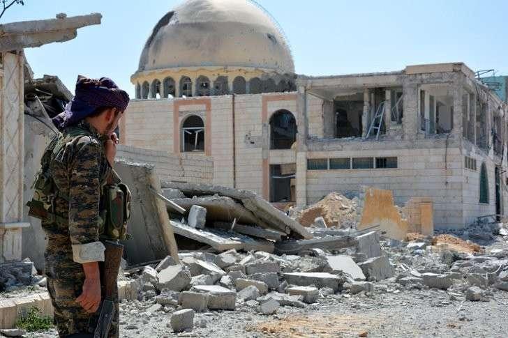 МИД Сирии: наёмники США, покиньте страну или будете уничтожены