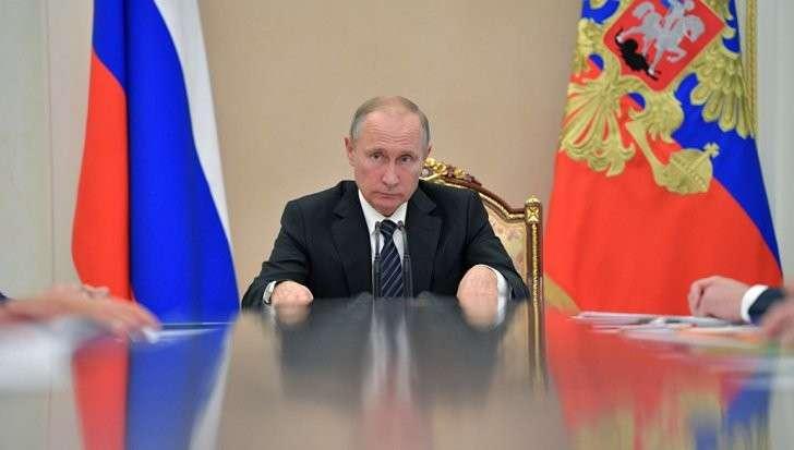 Владимир Путин планирует повысить МРОТ до 85% от прожиточного минимума