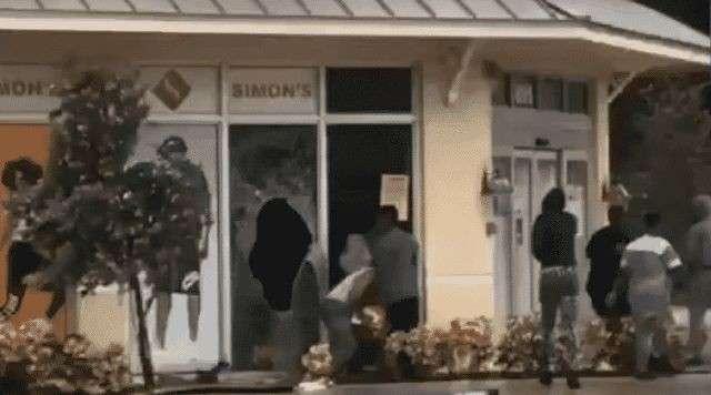 Вслед за ураганом «Ирма» во Флориду пришло новое бедствие – мародёры