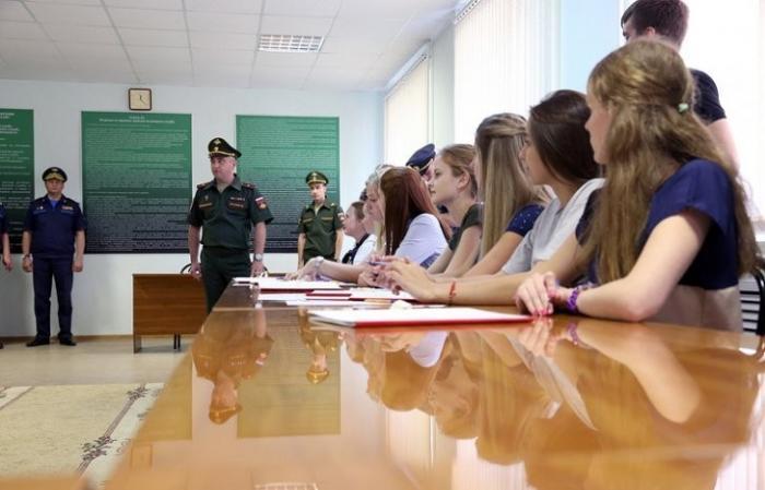 В Краснодаре начала работу приемная комиссия по отбору будущих лётчиц