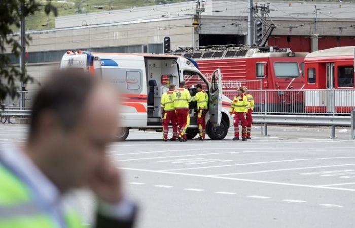 В Швейцарии около 30 человек пострадали при столкновении двух поездов