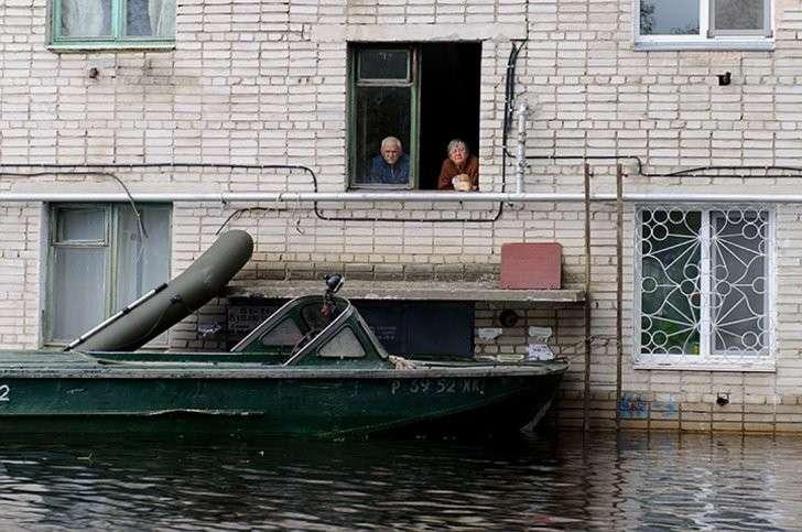 Три дамбы уже рухнуло, Мылкинская оставалась последней Фото: Борис КОКУРИН