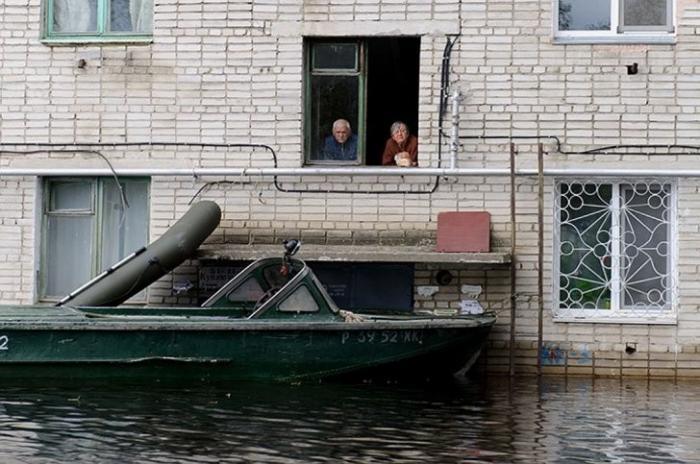 Комсомольск на Амуре: акция «Живая стена» в память о страшном наводнении