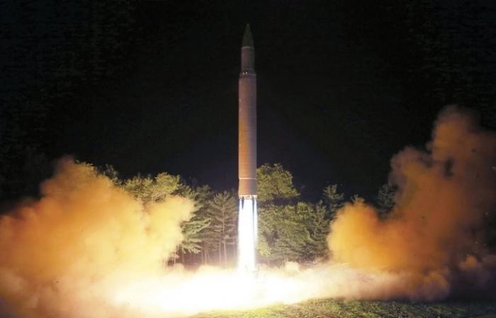 КНДР запустила ракету, которая пролетела над Японией. Самураи в ярости