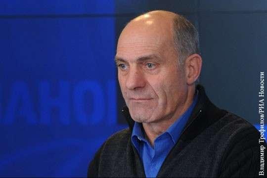 Летчик-испытатель Толбоев рассказал о предупреждении погибшему американскому асу