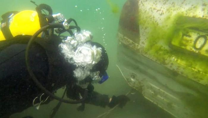 Байкал очищают от утонувших машин, со дна поднято почти сотню автомобилей