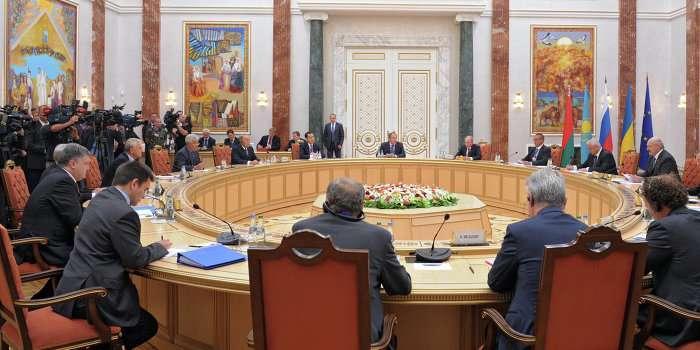 Владимир Путин: О прекращении огня Киев должен договариваться с Новороссией