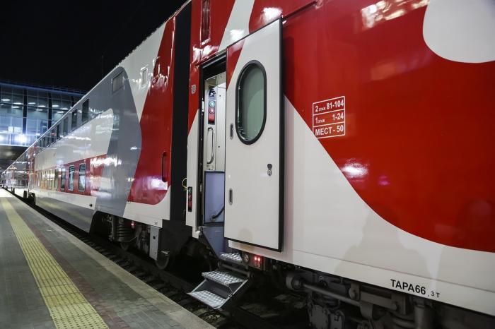 Помаршруту «Ростов-Адлер» начал ездить двухэтажный поезд