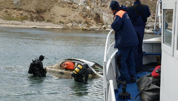 Со дна Байкала спасатели подняли самолёт, вертолёт, трактор и десятки машин