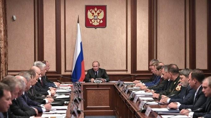 Владимир Путин посетил «Алмаз-Антей», где провёл заседание Военно-промышленной комиссии
