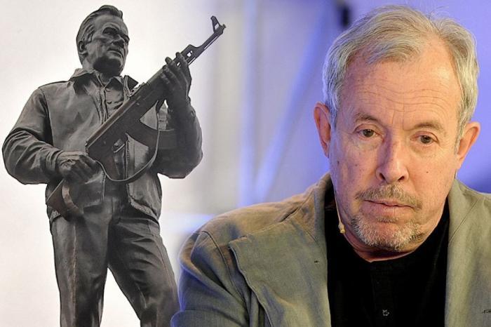 Юмор помогает нам пережить смуту: крыса Макаревич шипит на памятник Калашникову