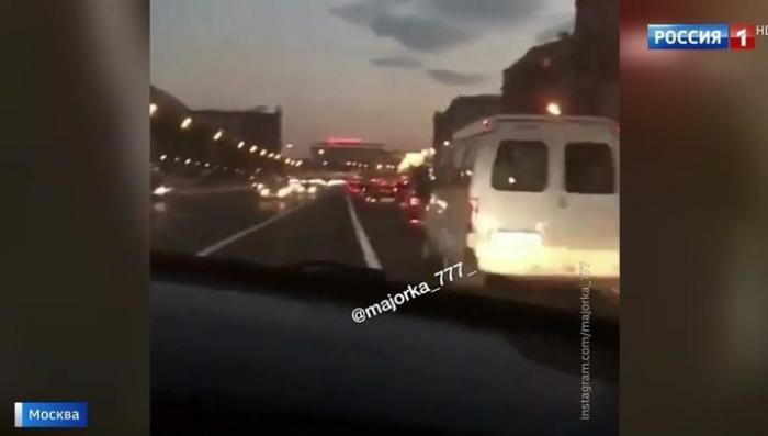 Безмозглый мажор, устроивший гонки на Кутузовском арестован на семь суток