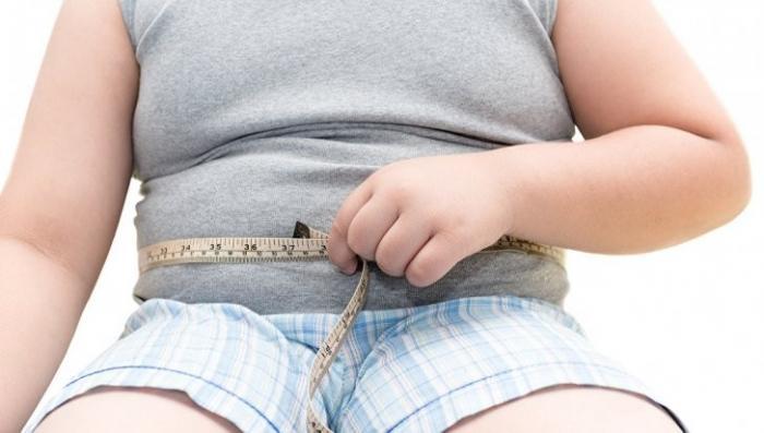 Как родители доводят детей до ожирения: «Ребята называли девочку коровой»