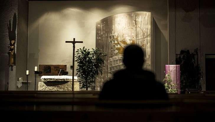 Ватикан и педофилы: молятся и грешат, грешат и молятся. И всё ОК