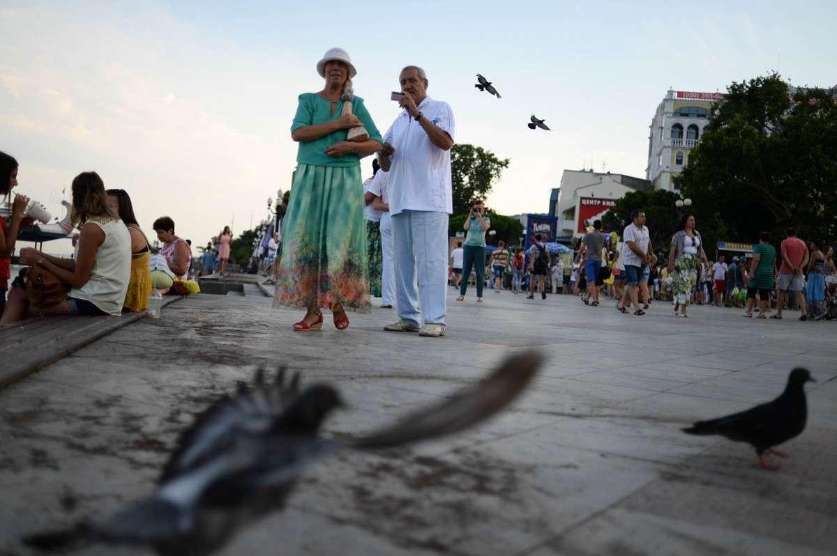 Жителей Крыма освободили от долгов перед банками Украины