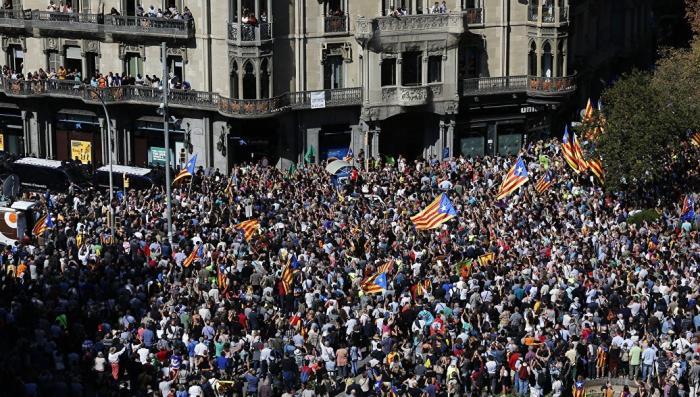 Барселона: за самостийность вышли митинговать всего 40 тысяч человек