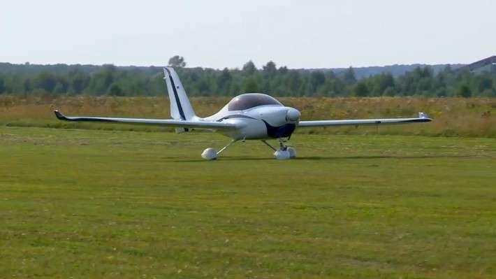 ВПерми налажено производство самолёта АКМ-5 для частных перелётов