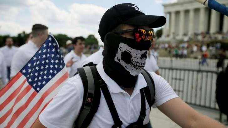 В выборы в Германии вмешиваются не «русские хакеры», а экстремисты из США