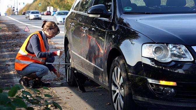 МВД России предложило обязать водителей носить светоотражающую одежду в тёмное время суток