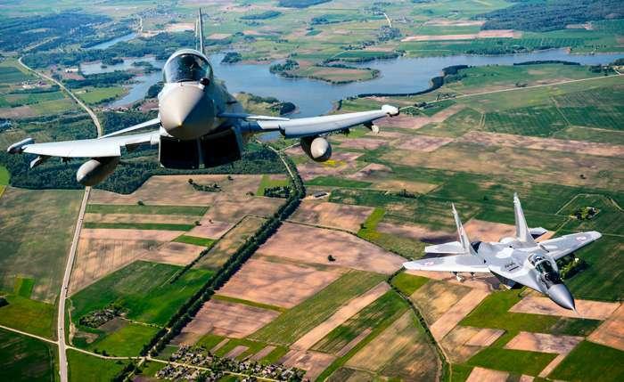 Киевский десант НАТО. США используют украинский кризис, чтобы усилить своё присутствие в Восточной Европе
