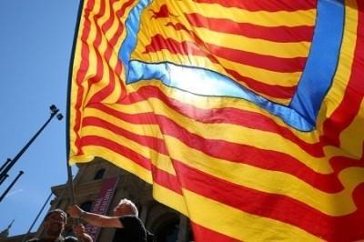 Испания очень долго искала, но таки нашла в Каталонии «руку Кремля»