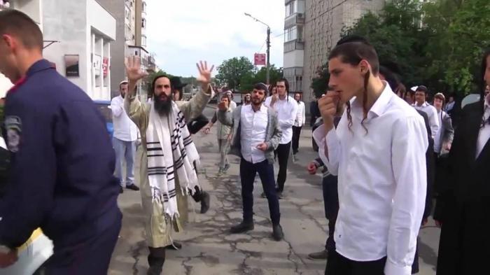 Дикие кочевники – хасиды устроили поножовщину на Украине