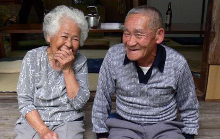 Около 5 миллионов стариков в Японии живет в полном одиночестве.