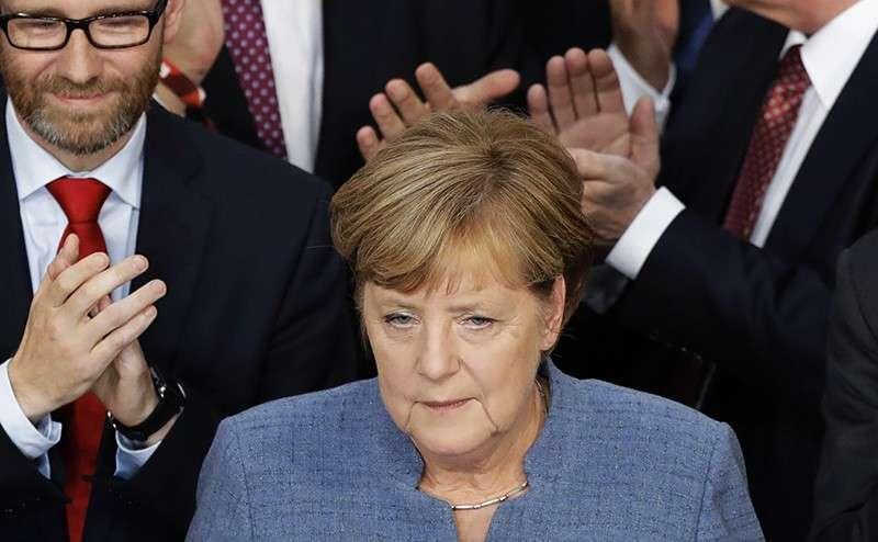 «Русские немцы» испортили старушке Меркель праздник