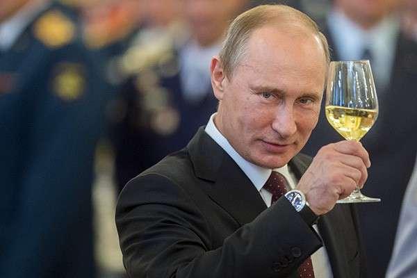 Голос сектантов вечного поражения: Путин всё слил…