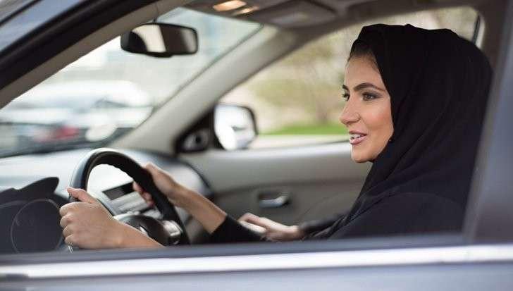 Женщинам в Саудовской Аравии милостиво разрешат садиться за руль