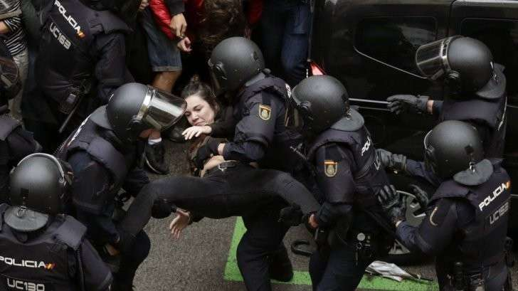 "Каталония: 90% прорвавшихся на референдум сказали ""Да""."