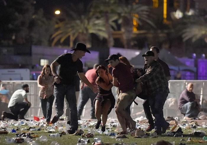 Теракт в Лас-Вегасе: число погибших возросло до 50 человек
