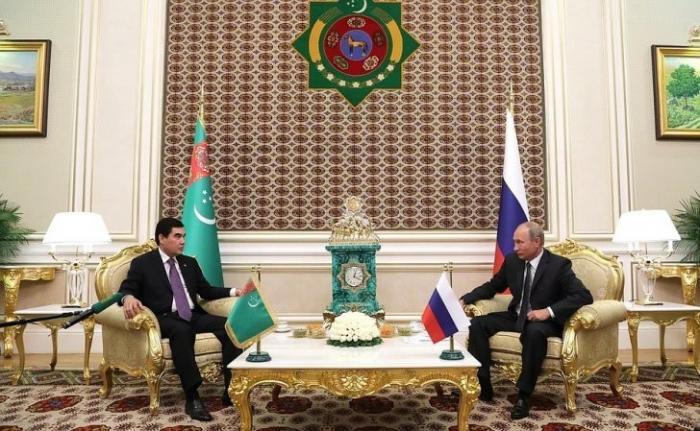 Владимир Путин начал переговоры сПрезидентом Туркменистана Гурбангулы Бердымухамедовым