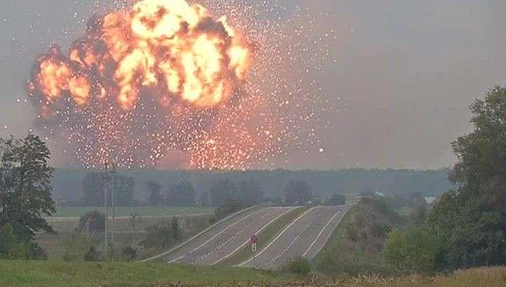 Калиновка: под Винницей снова начались взрывы на складе боеприпасов
