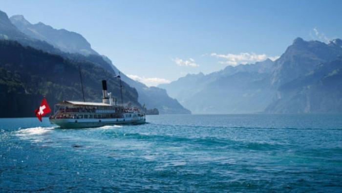 Учёные хотят денег: швейцарцев предупредили об опасности цунами на её озерах