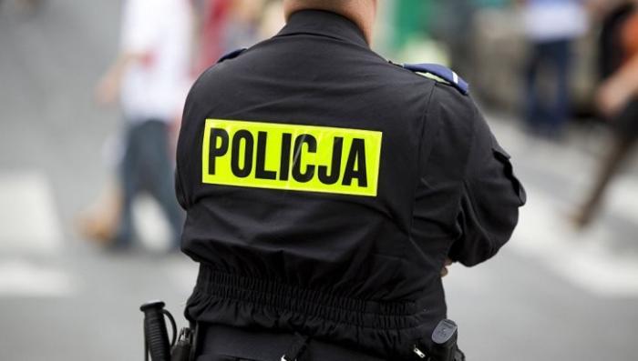 Польша: полицейские издевались над украинкой 24 часа