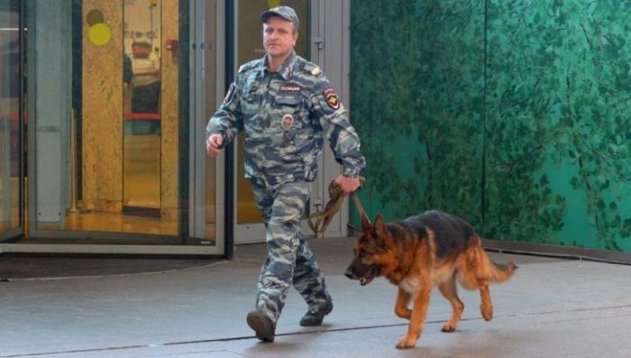 Москва: ТЦ «Охотный ряд» эвакуировали два раз за сутки