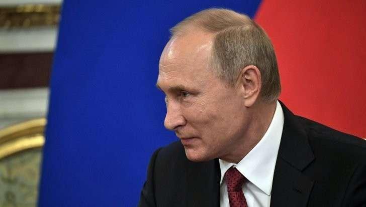 Владимира Путина поздравили с днем рождения 11 президентов