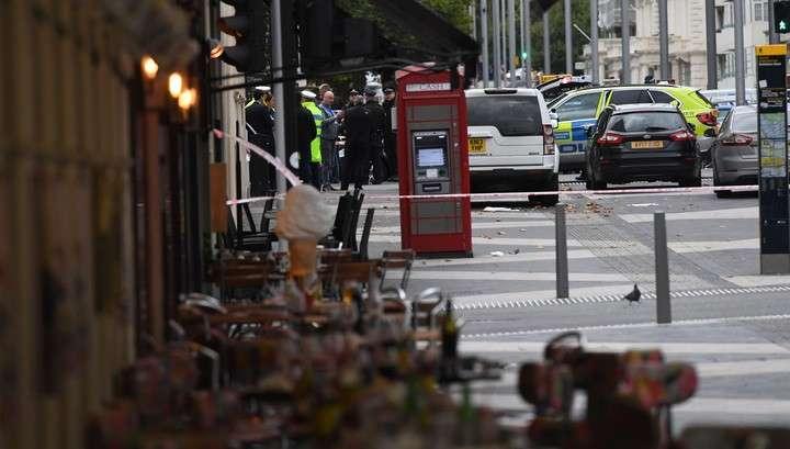 Теракт в Лондоне: машина сбила 11 человек